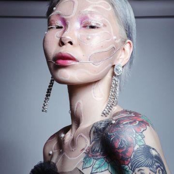 Арюна Тардис: «Я просто хотела бесплатной косметики и однажды показала образ на ютюбе. Всем понравилось, сказали «Давай еще»